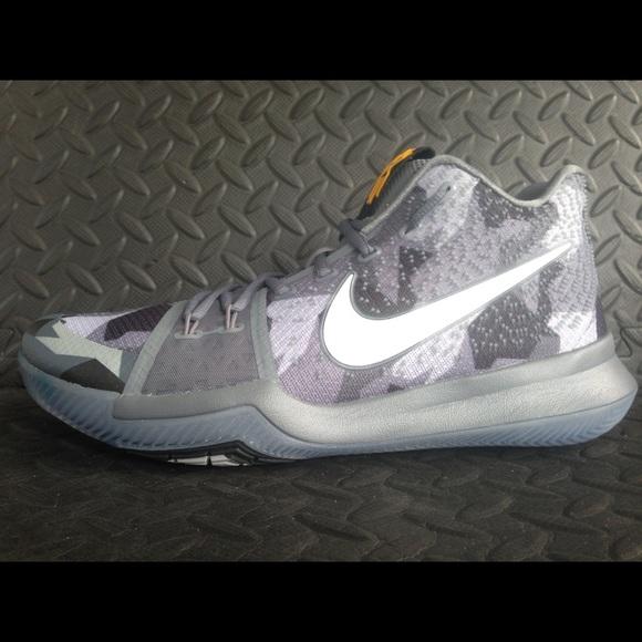 becb8e28f57a Nike Kyrie 3  Girls EYBL  Rare Sample Grey SZ 11